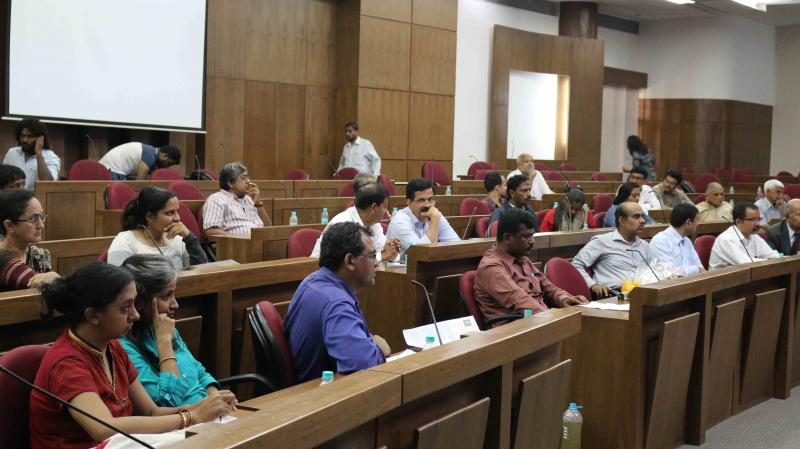 Pubilc interacting with High Level Committee in Bangalore